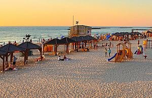 http://www.israeltripplanner.com/images/items/141/thumb300_frish_beach.jpg